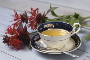 Drink Tea for Puffy Eyes